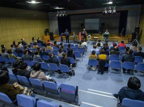 徳島県板野郡5市町村のPTAさん向けにトーク&ライブをさせていただきました